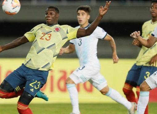 Uruguay Vs Paraguay y Brasil vs Perú hoy en el centenario de Armenia, por la segunda fecha de preolímpico