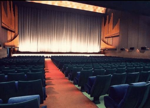 El mundo del cine aplazó sus próximos lanzamientos