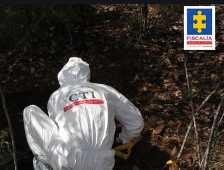 Exhuman cadáveres de menores que habrían desaparecido en Medellín y Bello (Antioquia)