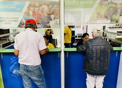 Solo quedan 5 días para retirar el pago excepcional de Colombia Mayor y a un faltan 3.848 abuelos por cobrar el subsidio