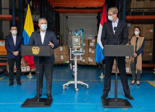 El Gobierno colombiano recibió de los Países Bajos 30 respiradores para atender pacientes con COVID-19