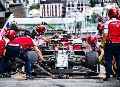"""Hoy, jueves empezará de nuevo el movimiento en Austria, luego de tres meses y medio después de la anulación """"in extremis"""" del Gran Premio de Australia"""