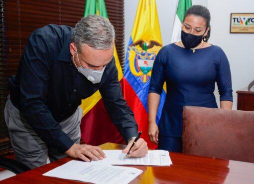 El gobernador del Quindío designó a Elizabeth Campillo Toro, como alcaldesa encargada para el municipio de Calarcá
