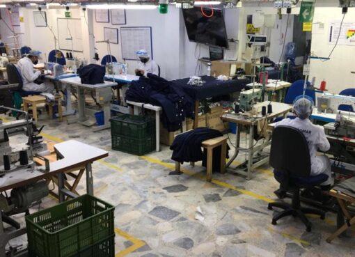 El ministro de Comercio, Industria y Turismo, señalo que en Colombia hay 201.009 empresas de manufactura, comercio y servicios están autorizadas para reiniciar operaciones