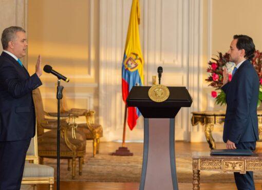 Se posesionó el nuevo Ministro de Minas y Energía, Diego Mesa Puyo