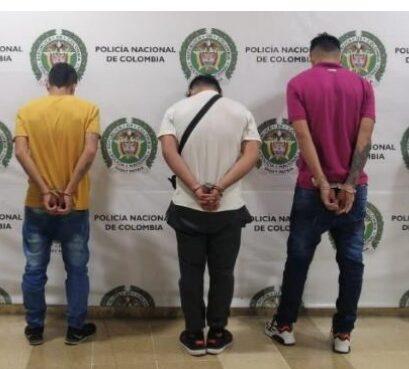 En el centro de Armenia se logra la captura de tres extorsionistas