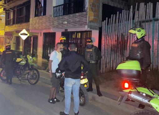 15 comparendos fueron aplicados por las autoridades de Armenia, en el primer día de toque de queda