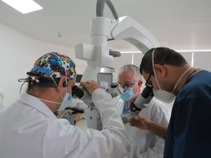 El Hospital San Juan de Dios adquirió moderno microscopio de neurocirugía