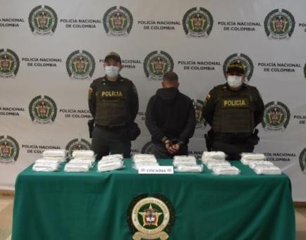 La Policía logra la incautación de 15 mil gramos de cocaína y la inmovilización de un vehículo, hechos presentados   en el barrio Villa Yolanda de Montenegro