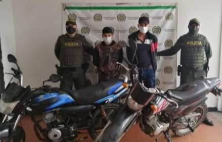 Dos hombres que habrían disparado contra otro ciudadano en Calarcá, fueron capturados cuando intentaban huir