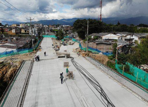 El sábado se habilitará el paso por un carril de doble calzada en la obra del puente Los Quindos