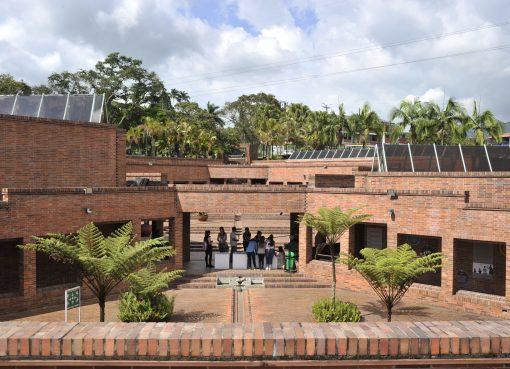 En su recta final se encuentra la restauración del Parque Museo del Oro Quimbaya
